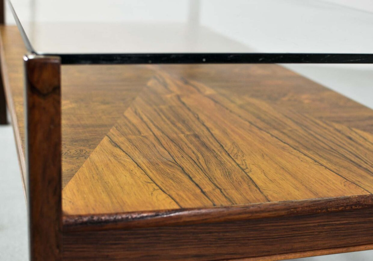 MID-CENTURY DUTCH DESIGN ROSEWOOD COFFEE TABLE WITH GLASS TOP FOR FRISTHO FOR TOPFORM, 1960S