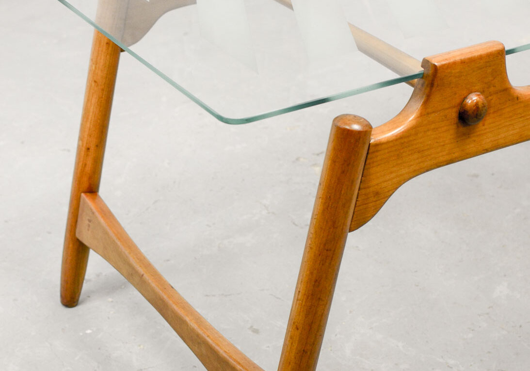 SET OF THREE MID-CENTURY DESIGN SOLID WOODEN COFFEE TABLES WITH SANDBLASTED GLASS TOP, 1950S