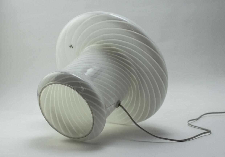 VETRI MURANO SWIRLED GLASS MUSHROOM TABLE LAMP EXTRA LARGE. ITALY, 1960S.